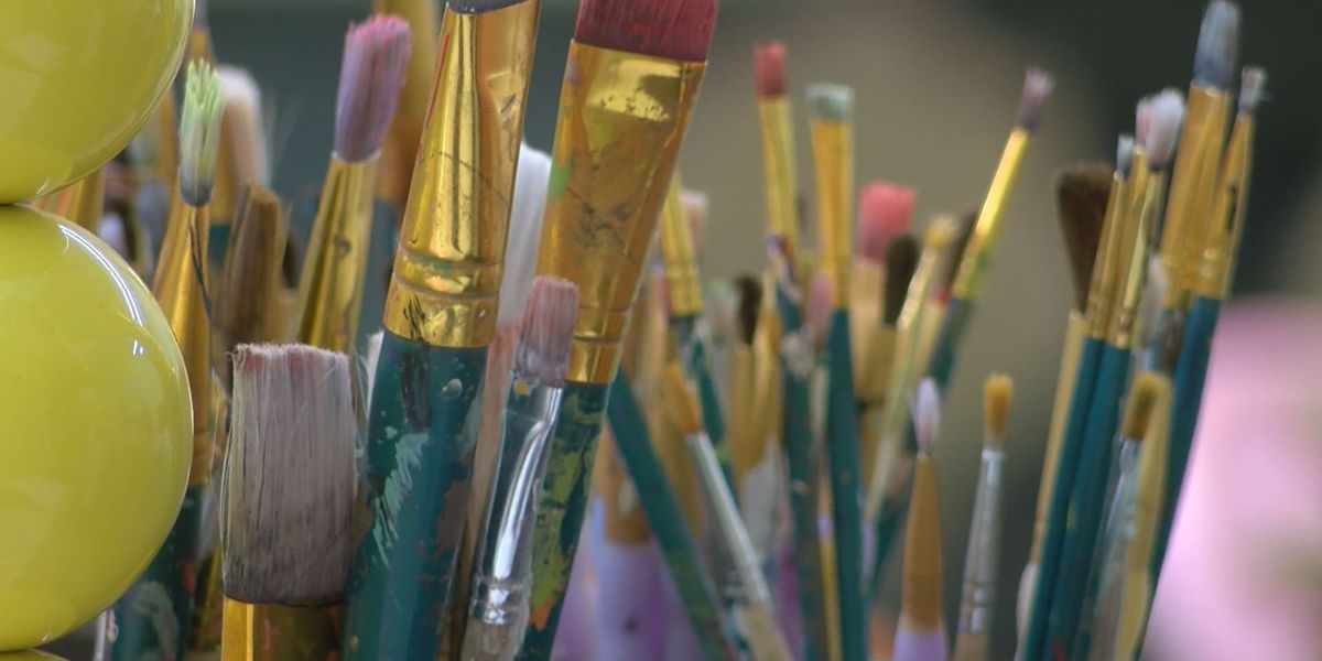 Albany store offers free paint sessions for storm victims
