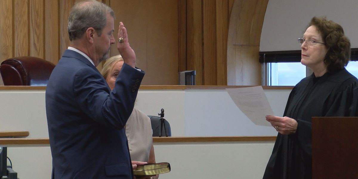 South GA Attorney sworn in as new Dougherty Co. Judge