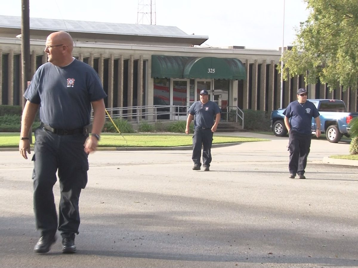 Valdosta lends firefighters for recovery
