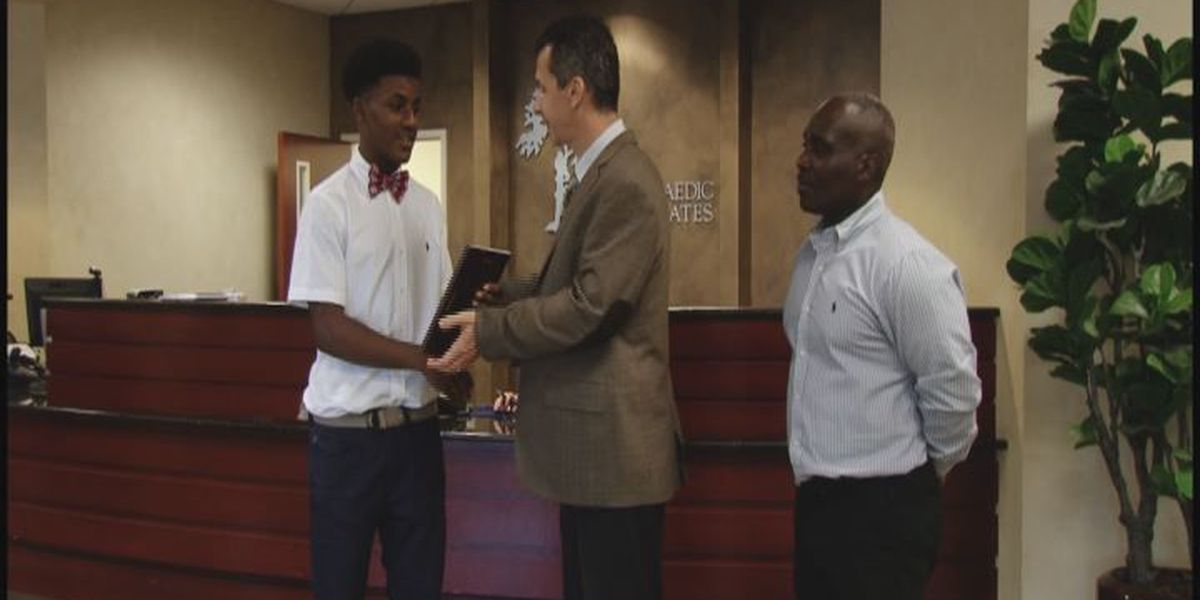 WALB PLAYER OF THE WEEK (9/30/15): Morman's scores lead Tornadoes in rivalry clash