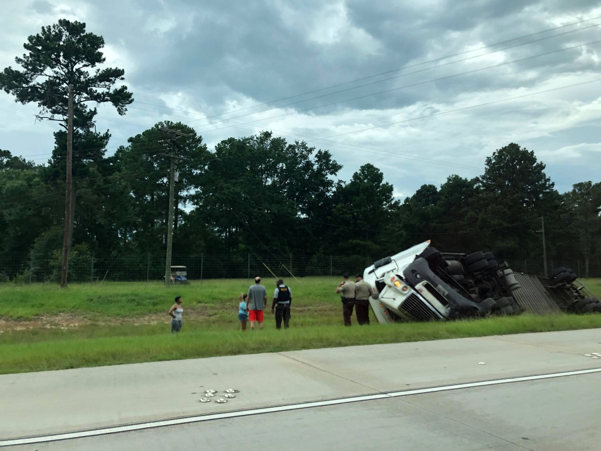 Semi overturns on I-75 in Cecil
