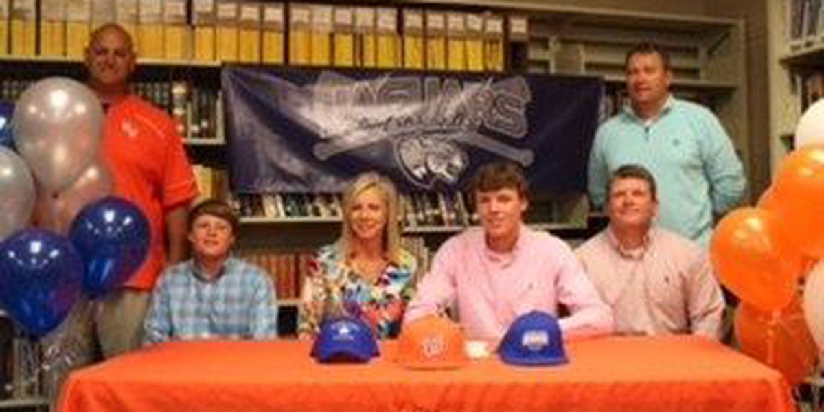 Westwood's Baggett signs with Augusta