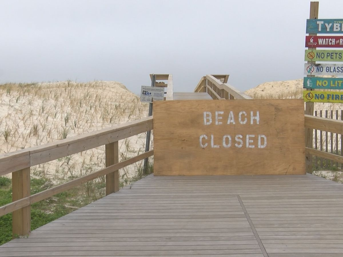 Ga. governor tells Tybee leaders to comply with order; beach open for exercise