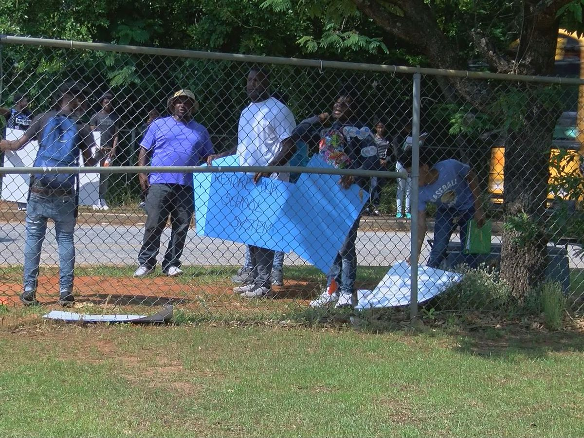 Protesters speak against Sumter Co. school leaders
