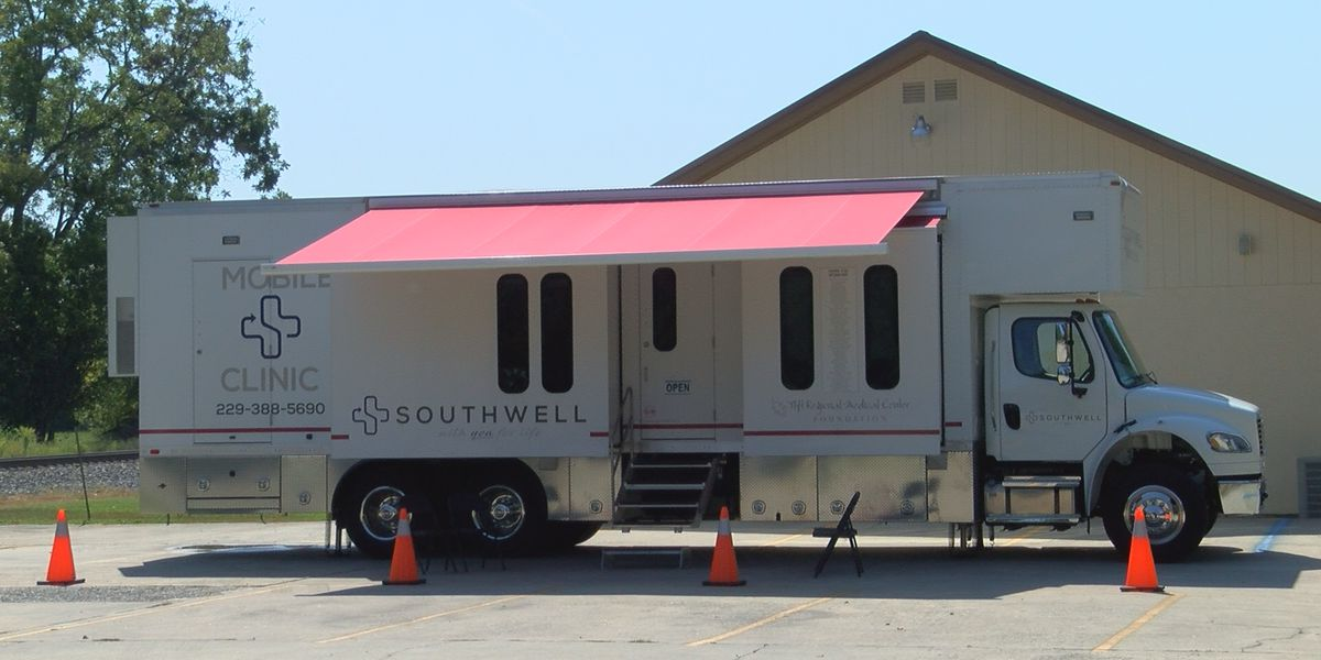 Tift Co. health center welcomes 'Medicine in Motion'