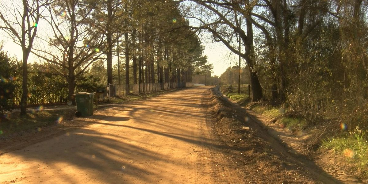 Colquitt Co. residents fed up with temporary fixes to dirt roads