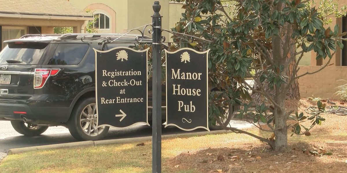 Manor House Pub at Merry Acres Inn holds Super Bowl Fiesta