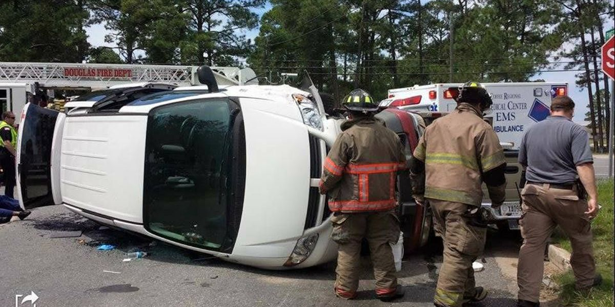Red Cross employees among 6 injured in rollover crash