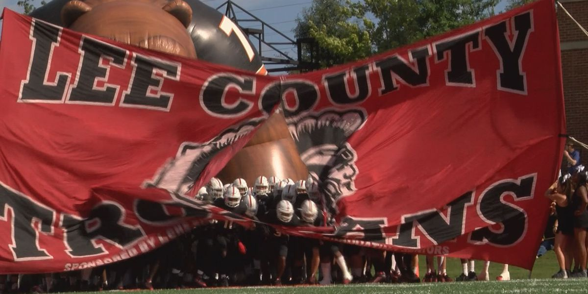 GA senator honors Lee County football team