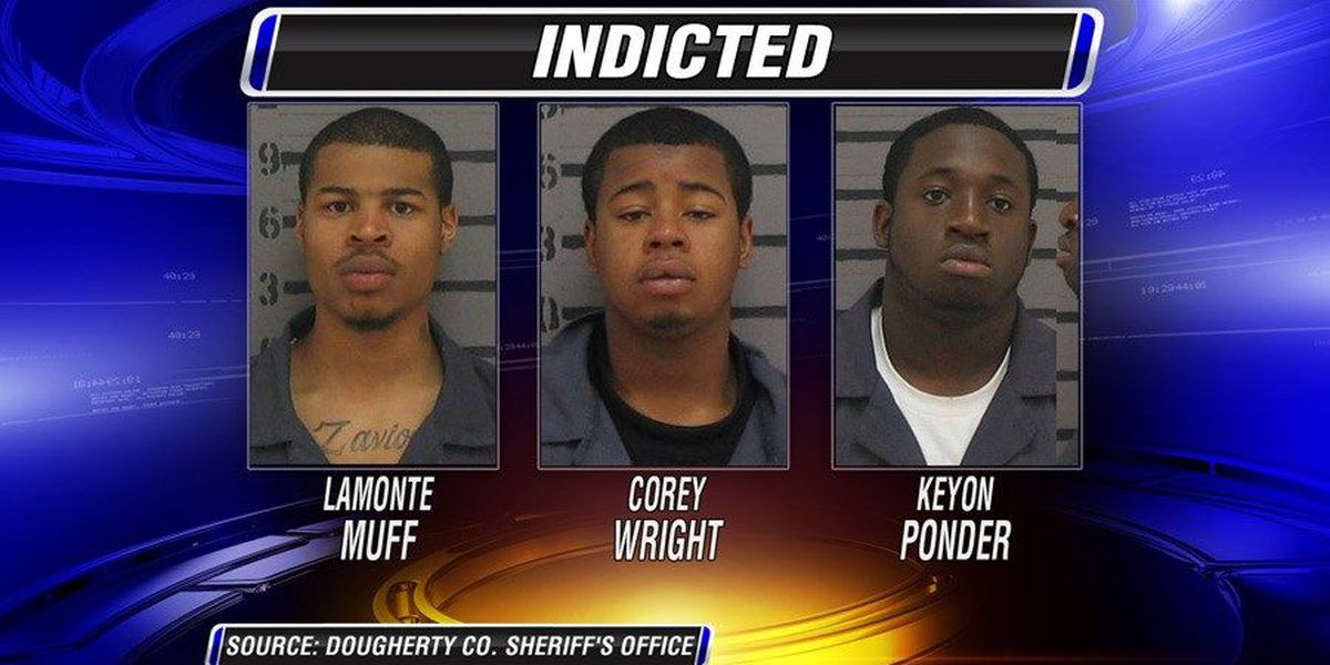 Grand jury indicts 3 in attacks at gunpoint