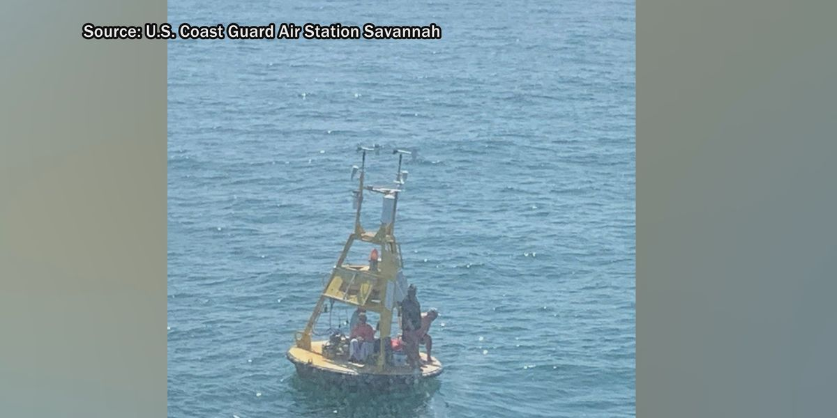 Savannah Coast Guard rescues four from buoy on Gray's Reef
