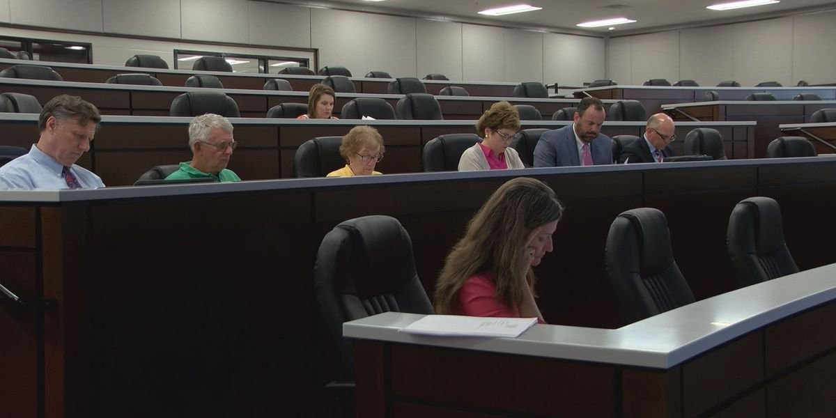 Lee Co. Board of Education tackles school safety