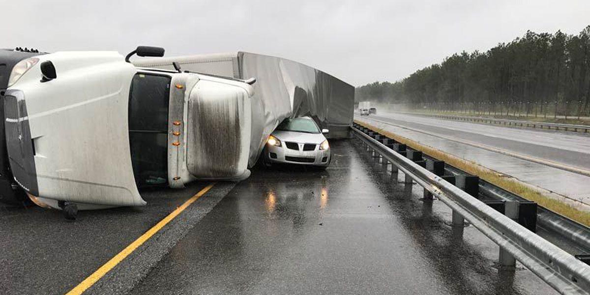 Semi wreck snarls Interstate traffic in Crisp