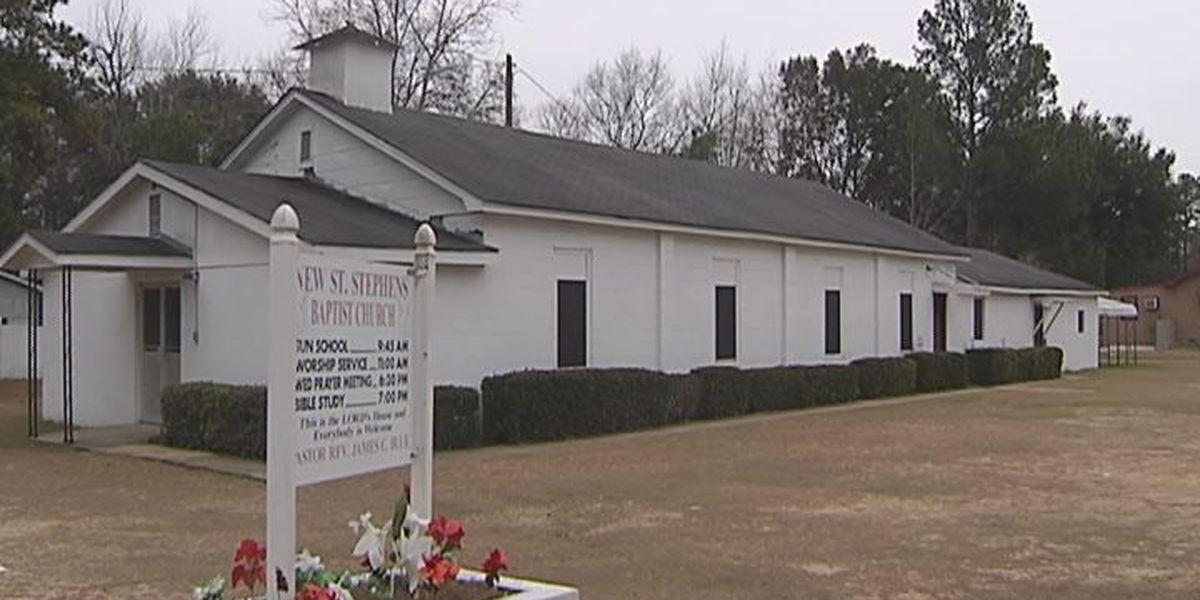 Police investigate East Albany Church burglary
