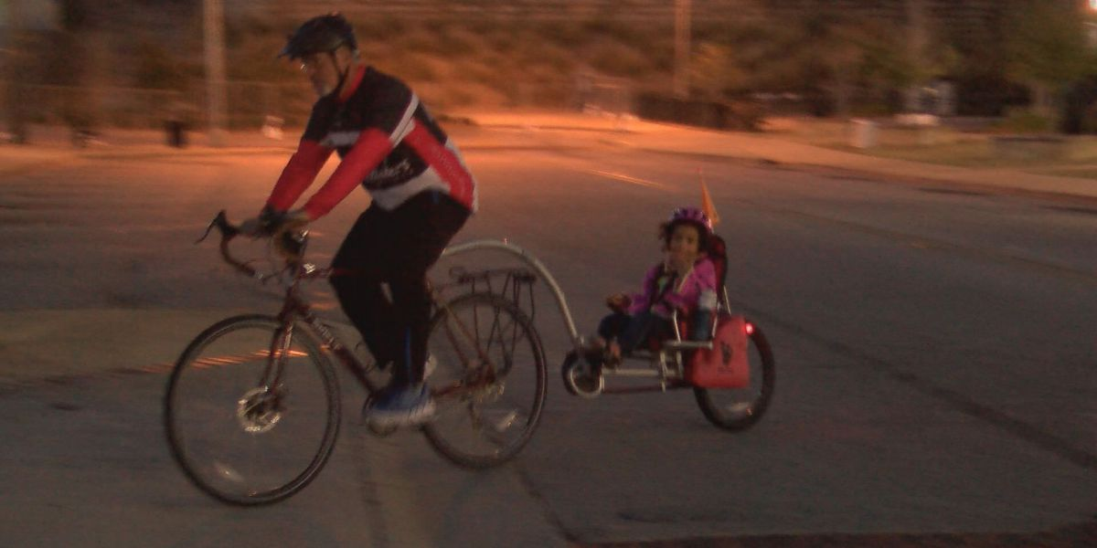 Cyclists gather for Flint River Roll