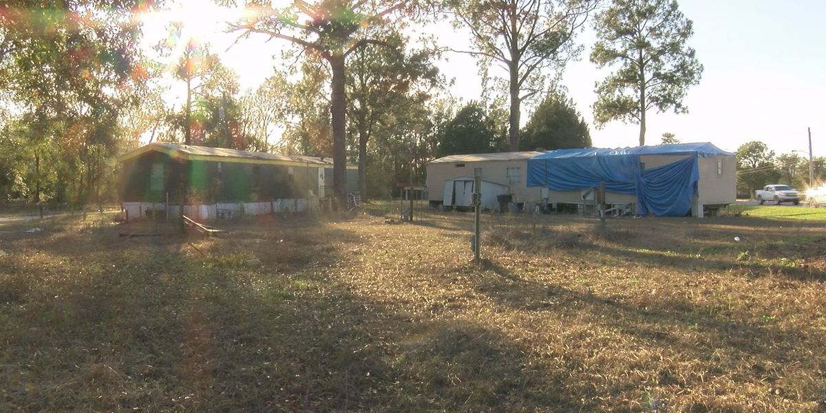 Gov. Deal signs Abandoned Mobile Home Act