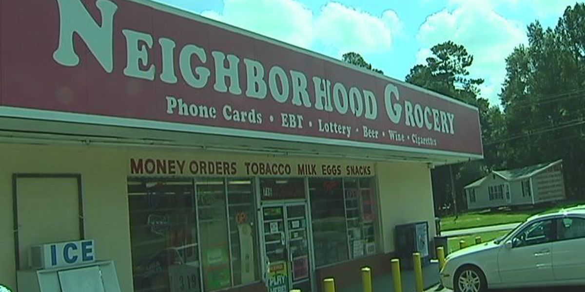 Violent Albany armed robbery caught on surveillance video