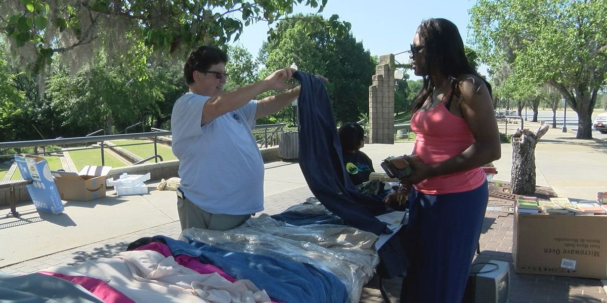 APD hosts yard sale for officer, announces future event
