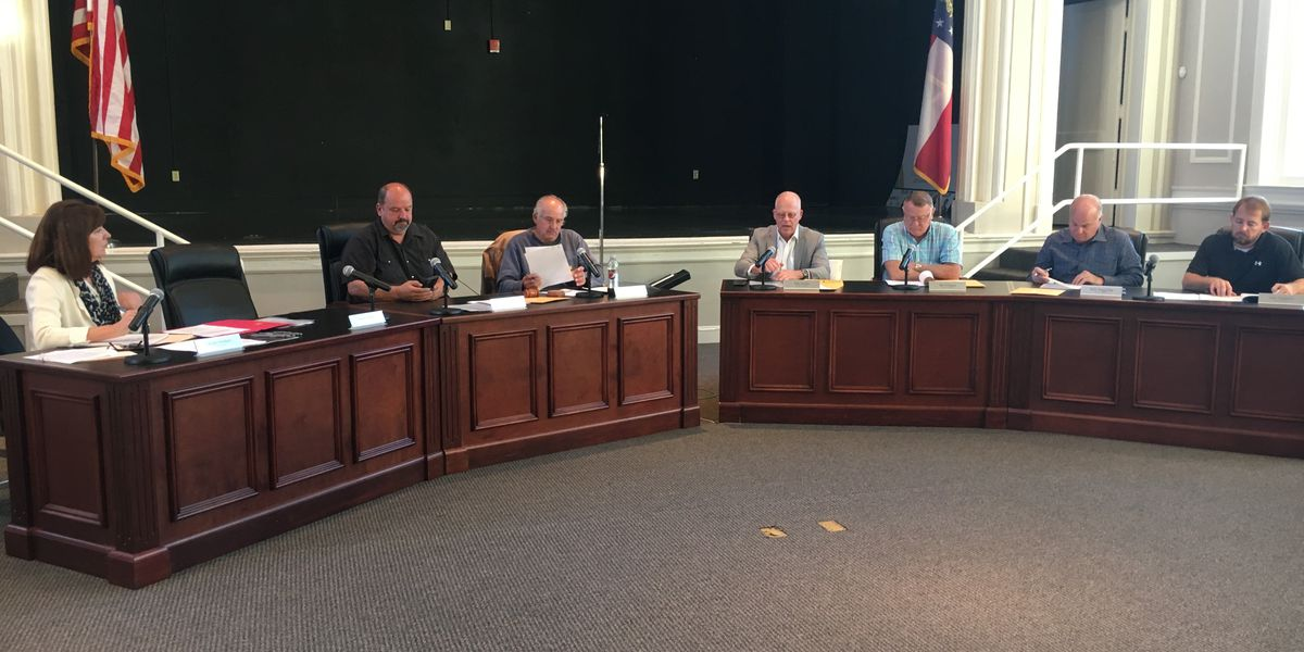 Lee Commission approves Corps cleanup