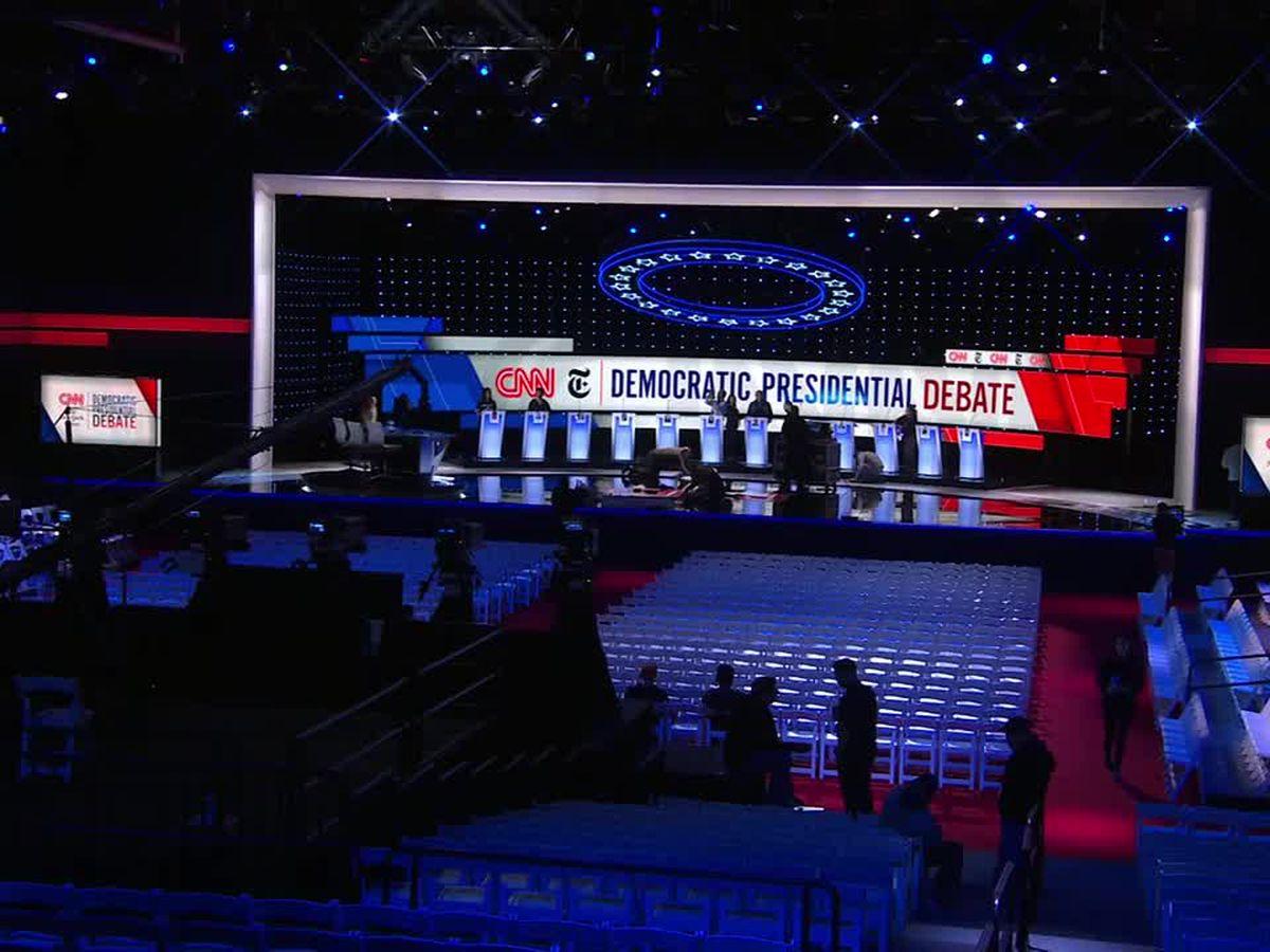 Debate rivals assail Warren as she joins Democrats' top rank