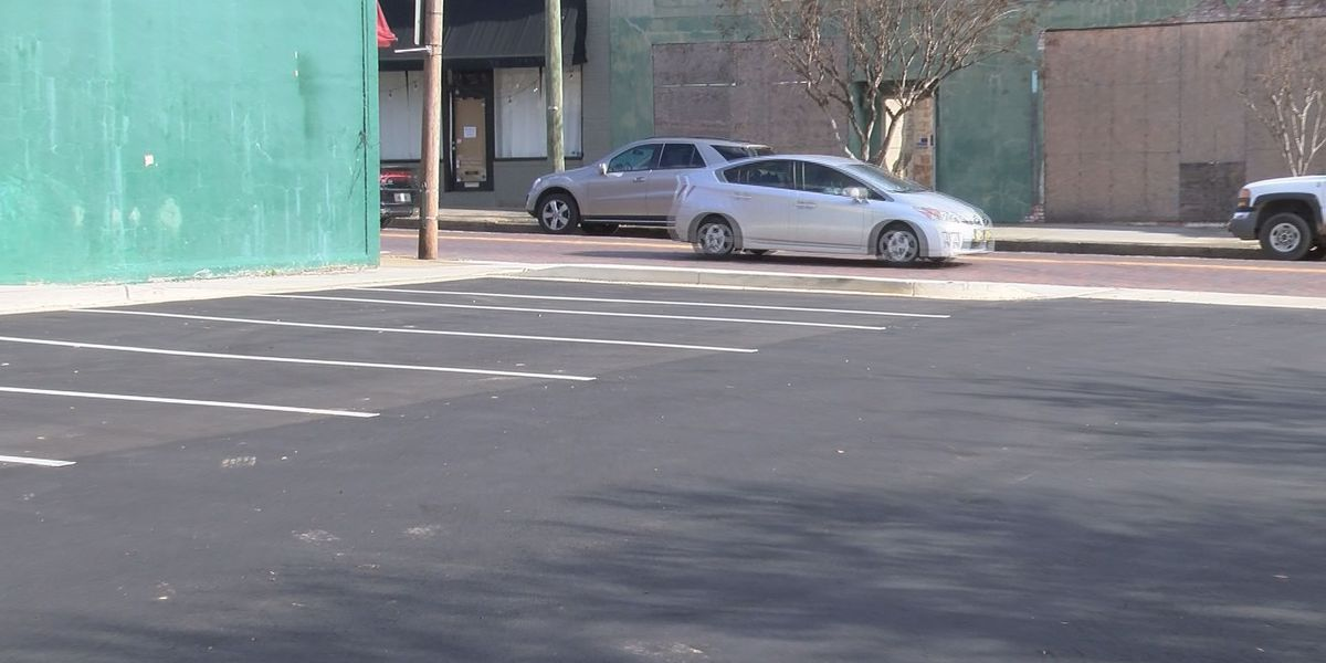 Crews finish new Downtown Thomasville parking lot